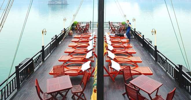 Du thuyền Hạ Long Glory Premium 4 Sao