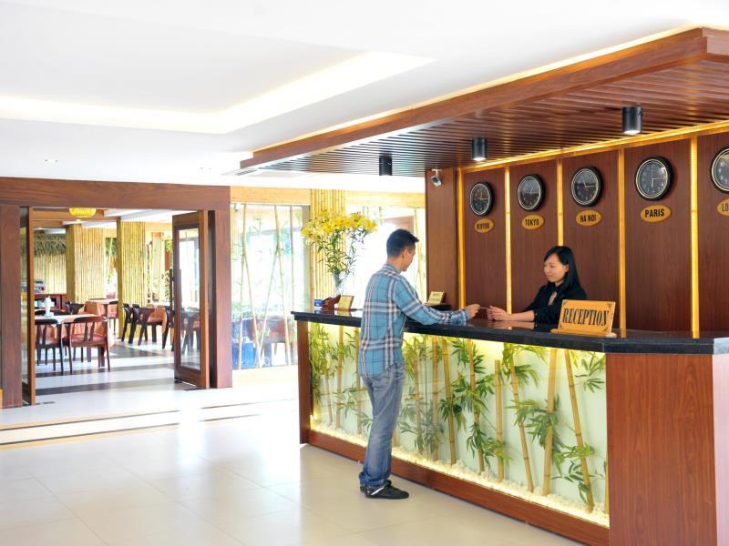 Bamboo Sapa Hotel